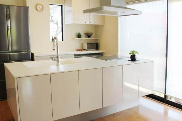 対面キッチンのデメリットと絶対に知っておくべき注意点とは?